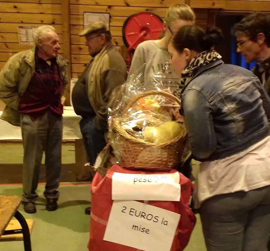 Tence : record battu pour le concours de belote de l'école Saint-Martin