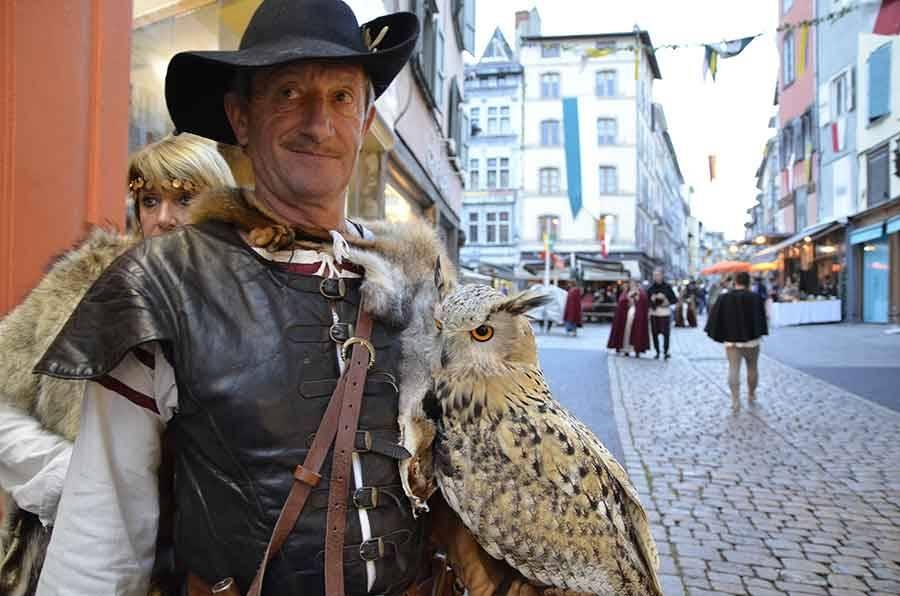 Roi de l'Oiseau : l'art de s'habiller Renaissance