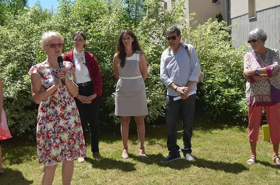Une inauguration très officielle du poulailler en présence de la conseillère départementale Nathalie Rousset.