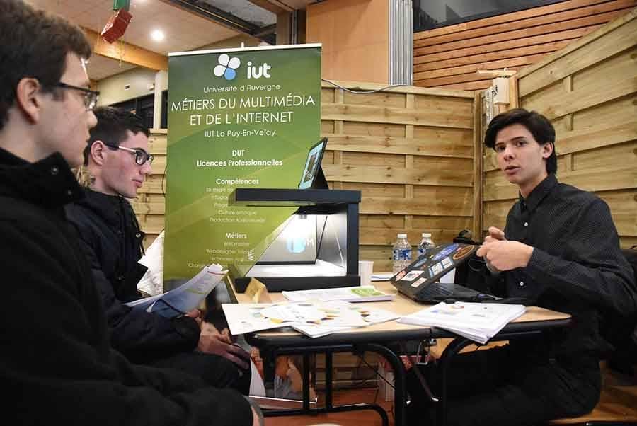 1 450 lycéens d'Yssingeaux et Monistrol-sur-Loire face à 70 écoles et 100 formations