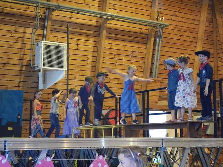 Tence : 170 enfants au spectacle de la kermesse de l'école publique