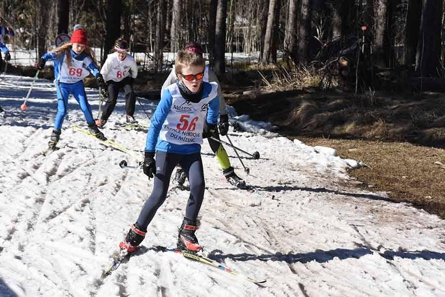 Ski nordique : les enfants ont lancé le Marathon du Mézenc