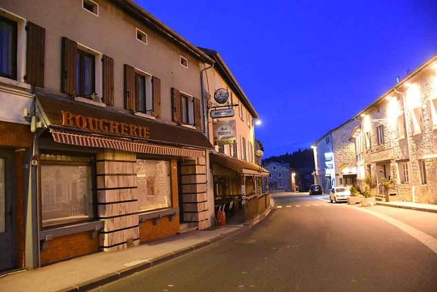 Saint-Bonnet-le-Froid : la boucherie-charcuterie a fermé ses portes
