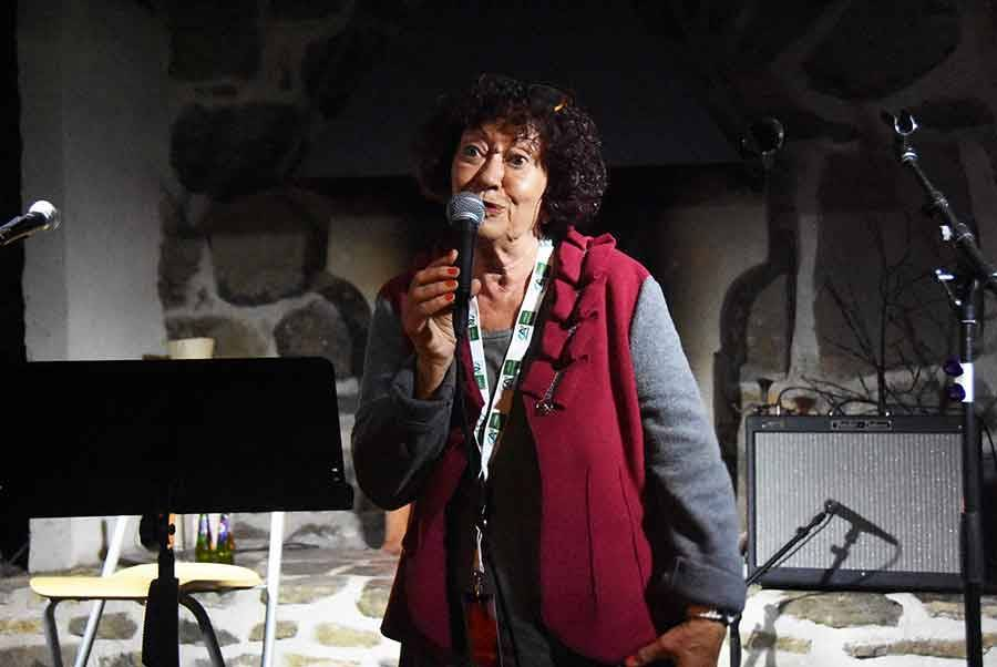Annie Fanger lançait le festival.