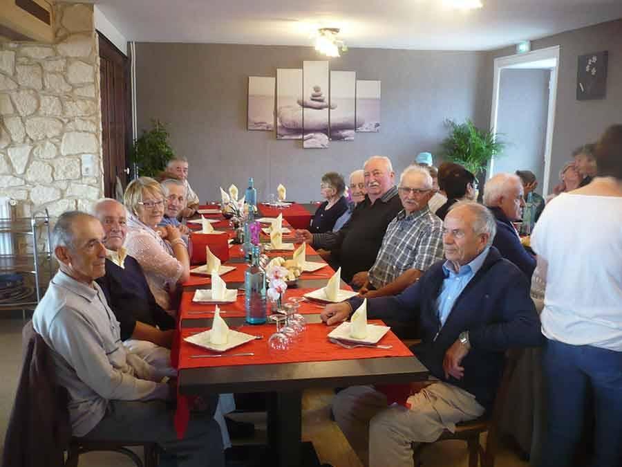 Fay-sur-Lignon : les anciens combattants se retrouvent à table