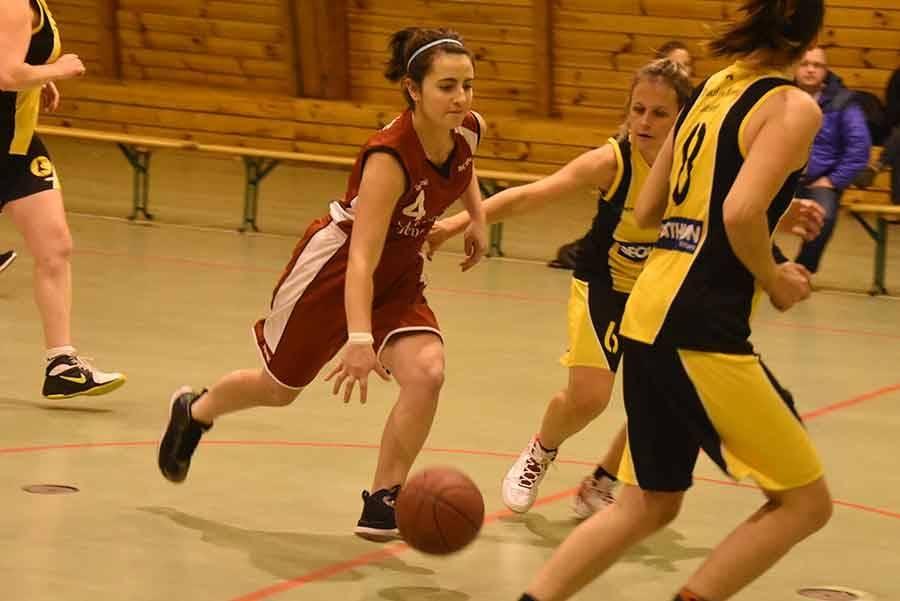 Basket : Tence trop court à Saint-Jean-Bonnefonds