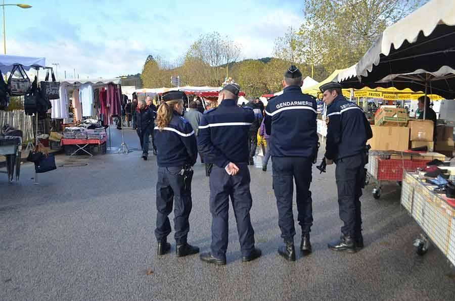 Trente gendarmes étaient déployés sur la Foire aux ânes de Bas, l'une des plus importantes manifestations de l'année.