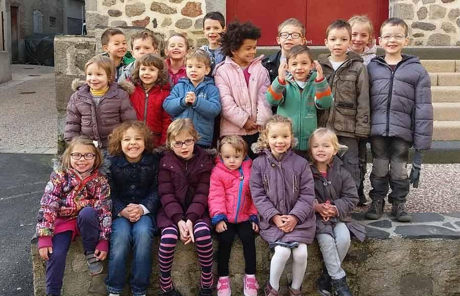 Montfaucon-en-Velay : les écoliers au théâtre d'Yssingeaux