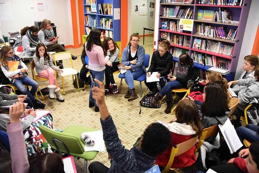 Les collégiens du Monteil rencontrent une candidate du Prix des Incorruptibles