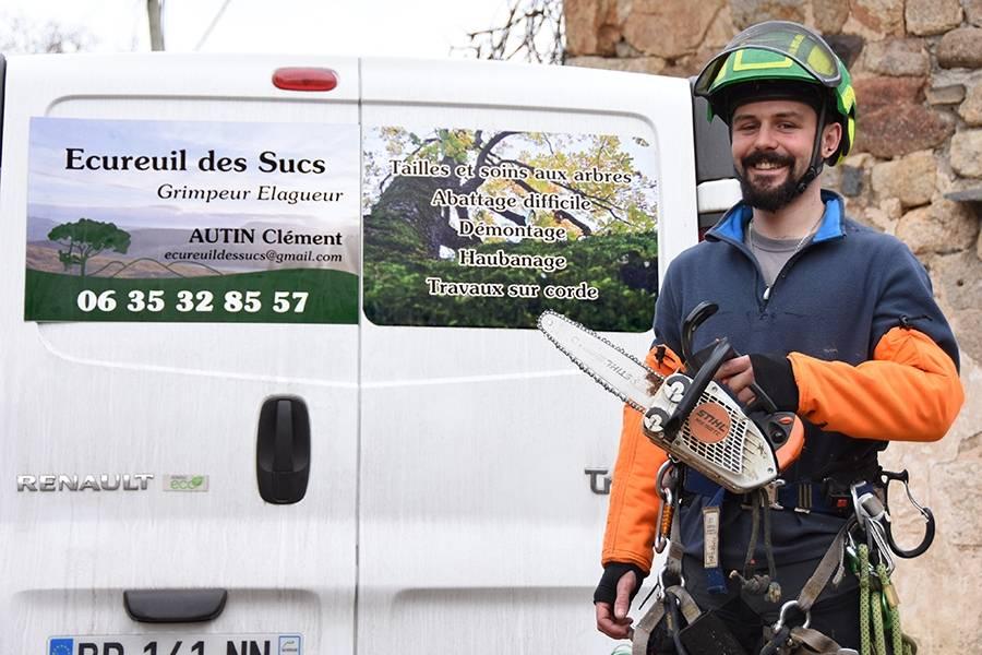 Clément Autin se transforme en Ecureuil des Sucs