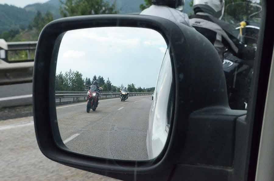 Moto, cyclo, quad : au 1er juillet, votre plaque d'immatriculation devra être au format réglementaire