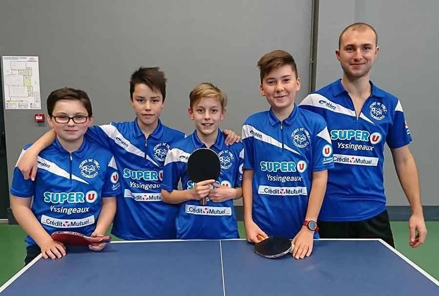 Clément, Axel, Endy, Jonas et Thibault au Critérium départemental