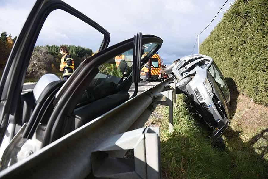 Sainte-Sigolène : 25 mètres de dérapage sur la glissière de sécurité