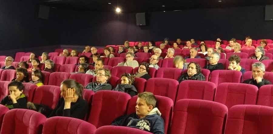Tence : des produits locaux et bio avant la séance de cinéma