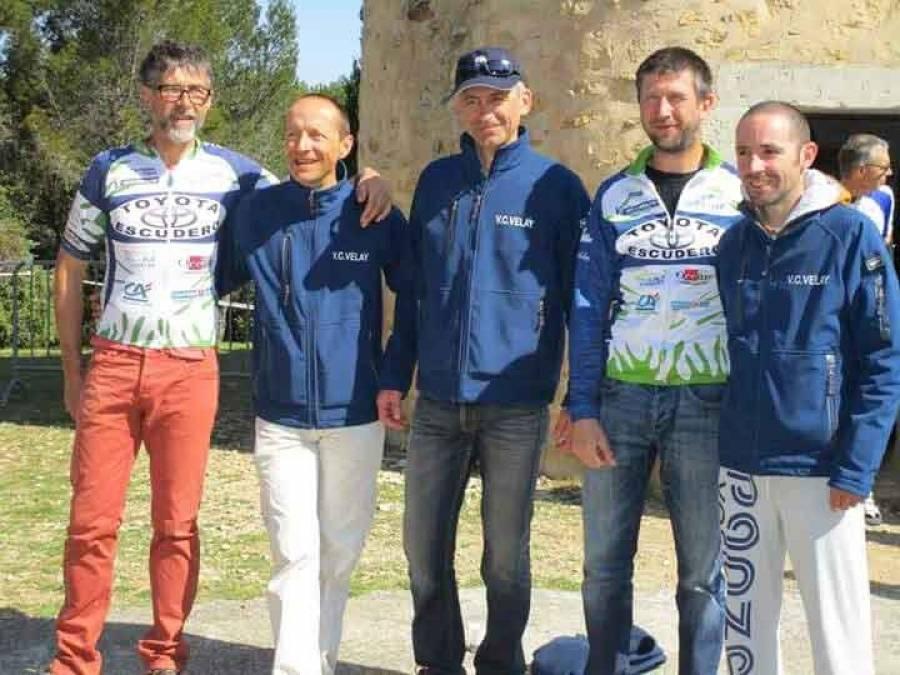 L'équipe 1 avec Serge, Laurent, Manu, Dimitriy et Yvan
