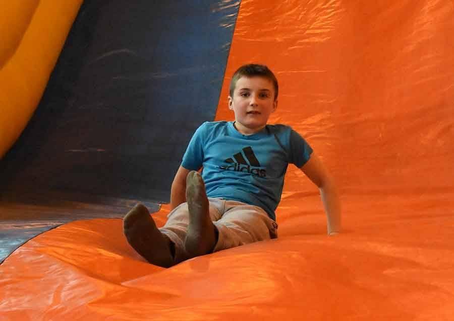 Bas-en-Basset : le gymnase transformé en mini-parc d'attractions