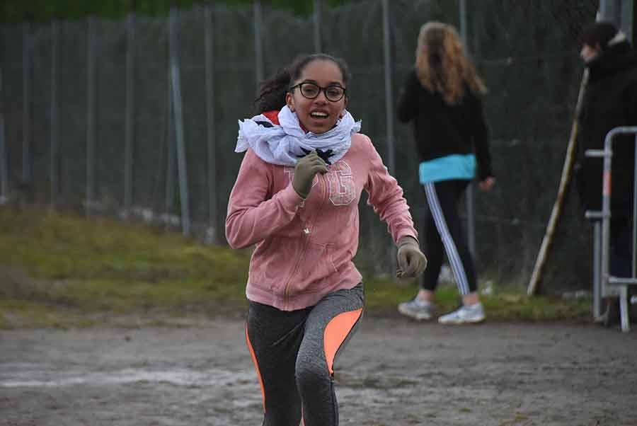 Yssingeaux : 550 écoliers et collégiens bravent le froid polaire