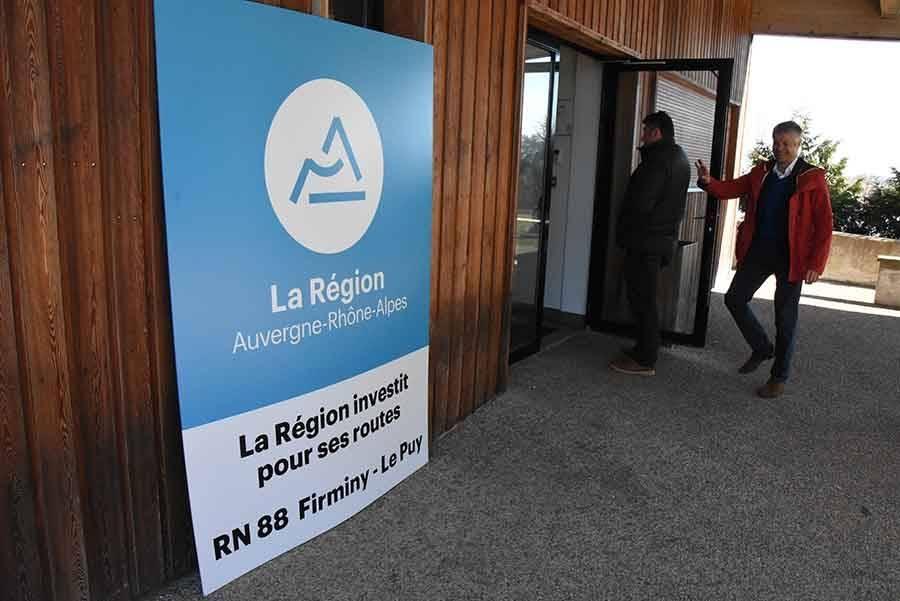 """La 2x2 voies entre Yssingeaux et """"Lachamp"""" est en route"""