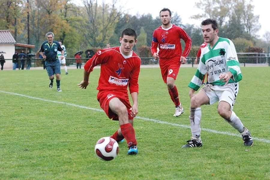 Foot : Mathieu Ferrier signe au Mazet-Chambon