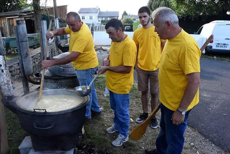 La soupe aux choux de Montchaud ravit 830 gourmands