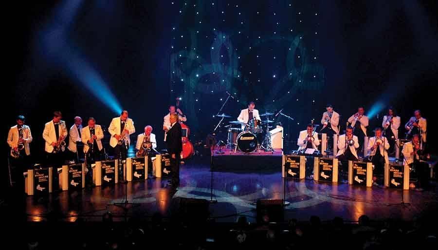 The Glenn Miller Memorial Orchestra rend hommage à Franck Sinatra à Vals vendredi