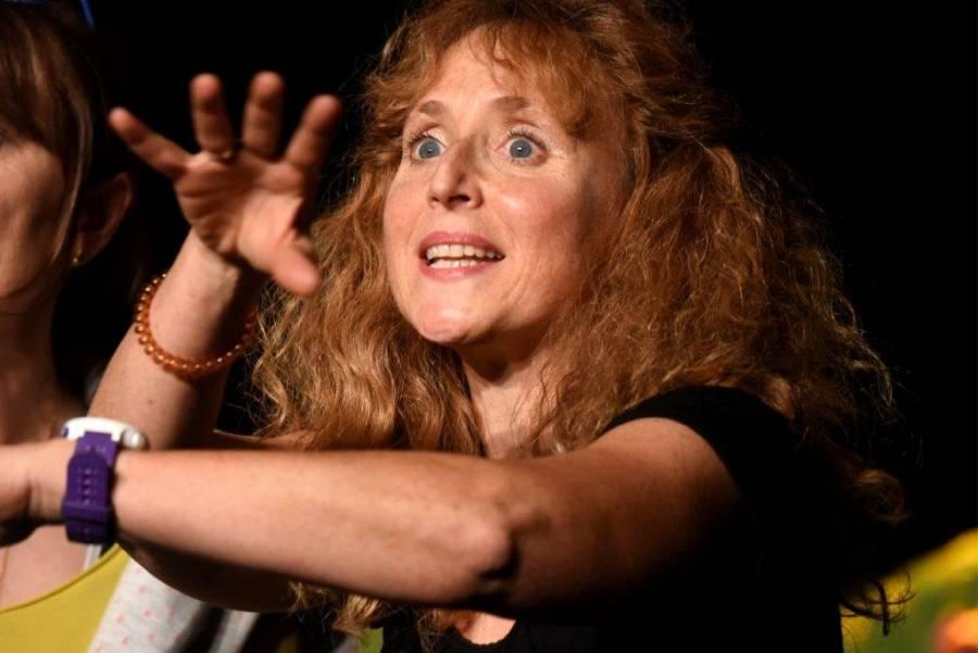 Une délicieuse comédienne à l'accent so british. Photo Lucien Soyère