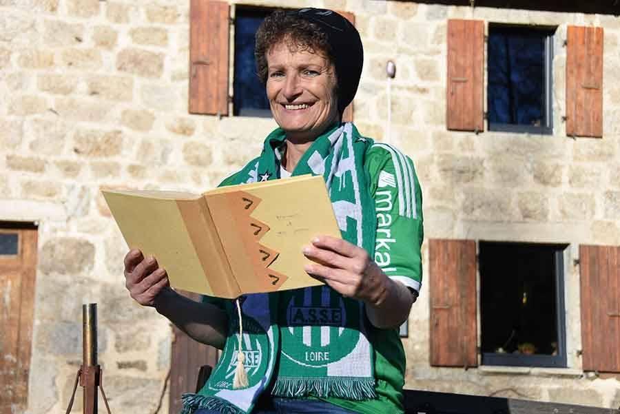 Le Mazet-Saint-Voy : fan de l'ASSE, Chantal Russier écrit des poèmes à la gloire des Verts