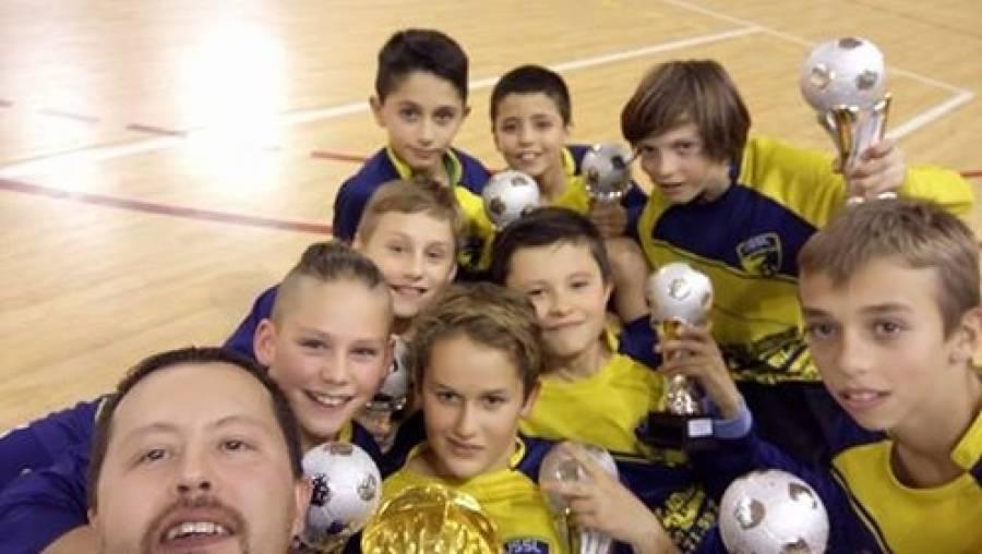 Foot : les U13 de l'USSL remportent le tournoi de futsal à Sainte-Sigolène