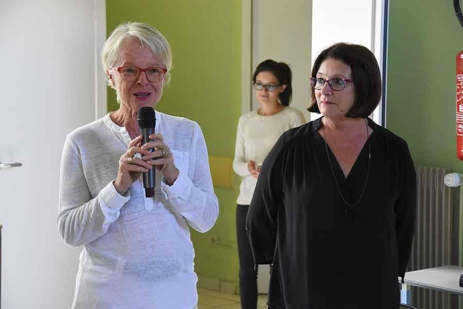 Joëlle Guilhot, la présidente de l'Ehpad, et Marie Gaillard, adjointe au maire.