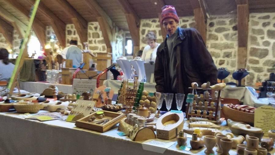 Devesset : marché de Noël et marche aux flambeaux samedi au lac