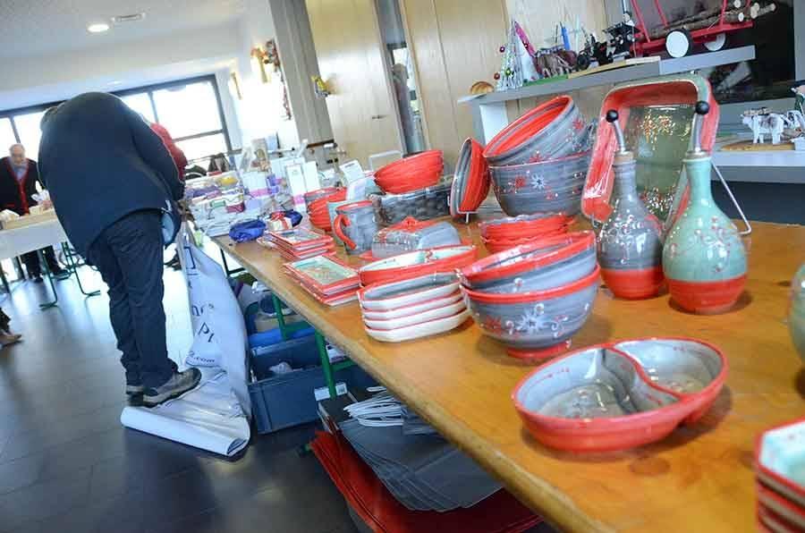 Tence : on remplit son panier au marché de Noël à la Résidence la Sérigoule samedi