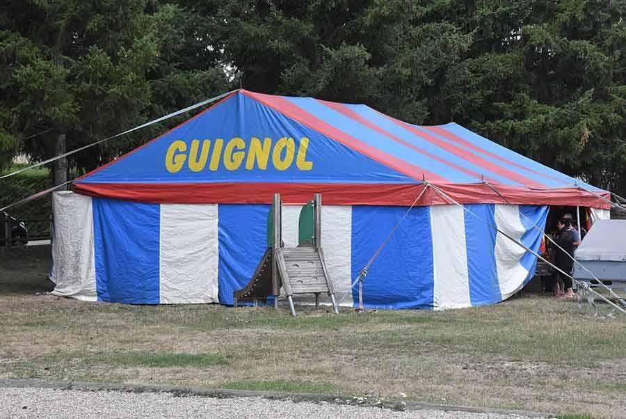 Guignol entame sa tournée à l'Espace Beauvoir