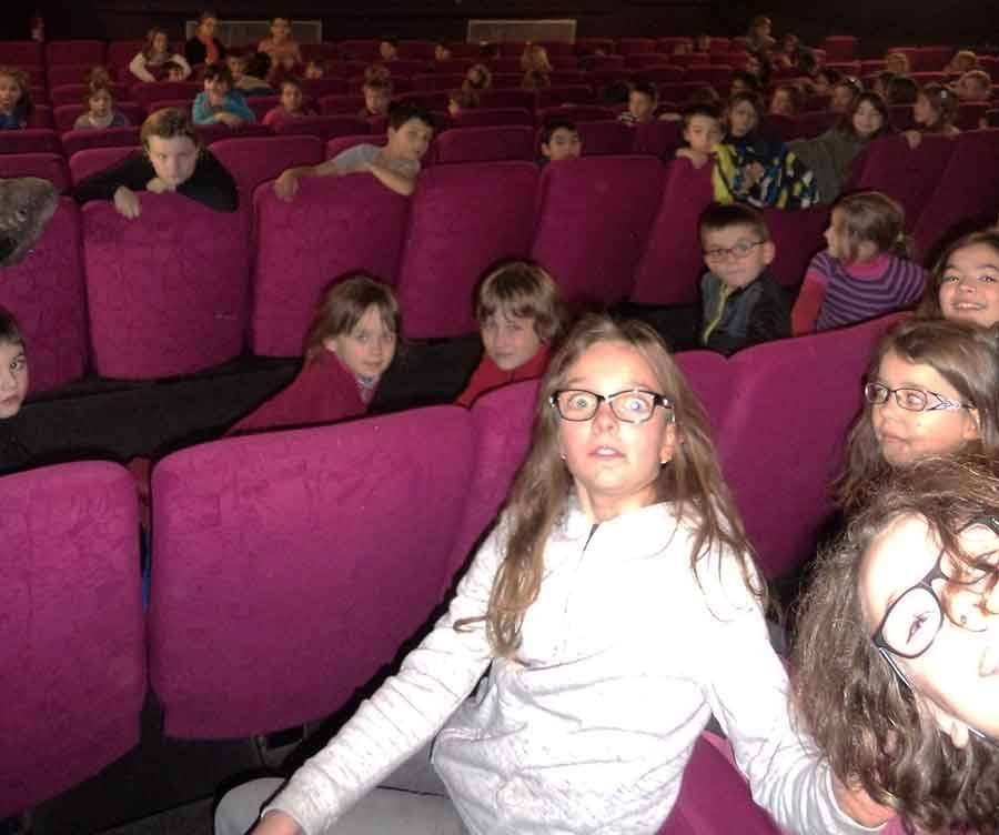 Tence : tous les écoliers au cinéma avant les vacances de Noël
