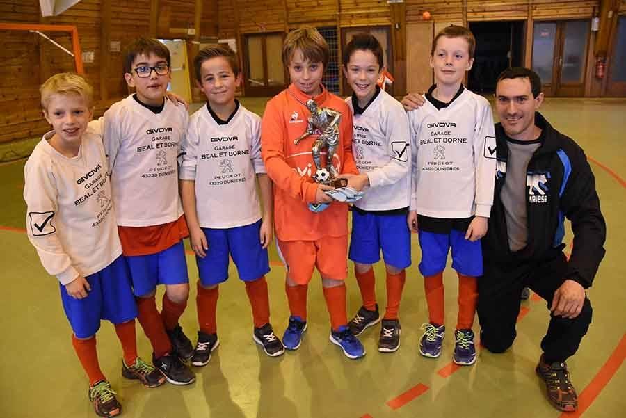Dunières, vainqueur en U10-U11.