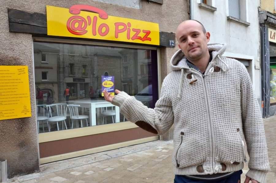 La pizzeria @'lo pizz a déménagé sur la place Carnot à Yssingeaux