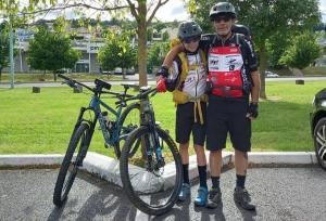 Beauzac : un père et son fils de 13 ans parcourent le chemin de Saint-Jacques en VTT