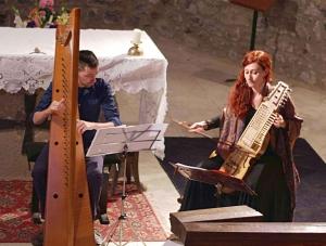 Puy-en-Velay : une rencontre harpe-nyckelharpa au Camino les 15 et 16 août