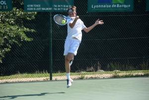 Tennis : premiers coups de raquettes à Tence