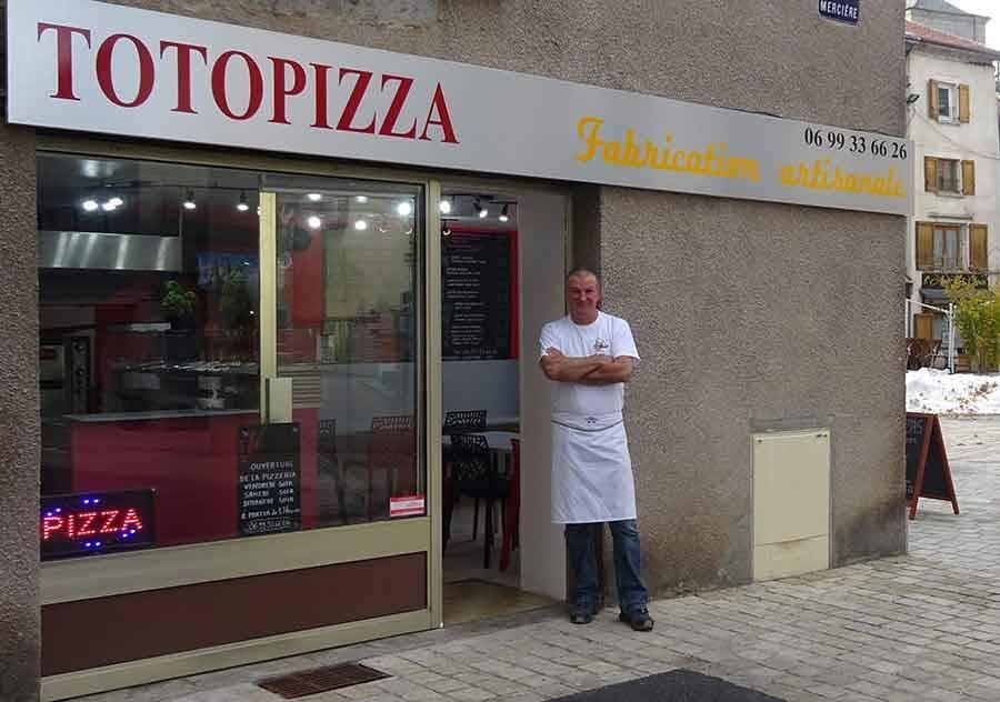 Yssingeaux : la Paillote des Sucs devient Totopizza sur la place Carnot