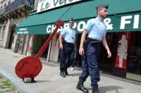 Les gendarmes font des actions de surveillance en centre-ville de Craponne.
