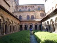 L'accès au cloître de la cathédrale du Puy est gratuit dimanche