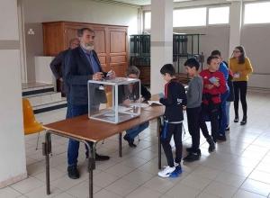 Sainte-Sigolène : les écoliers votent pour la couverture du prochain bulletin municipal