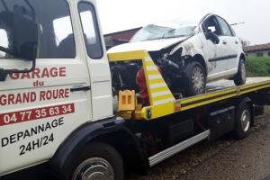 Saint-Just-Malmont : une voiture part en tonneau