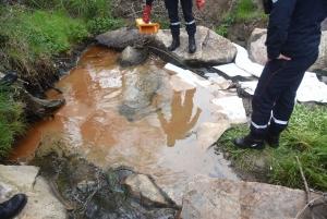 Une nouvelle pollution aux hydrocarbures dans un ruisseau à Monistrol-sur-Loire