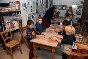 Montfaucon-en-Velay : les écoliers d'Abel-Grimmer deviennent des céramistes