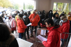 Saint-Agrève : une cinquantaine de manifestants de l'hôpital à la mairie