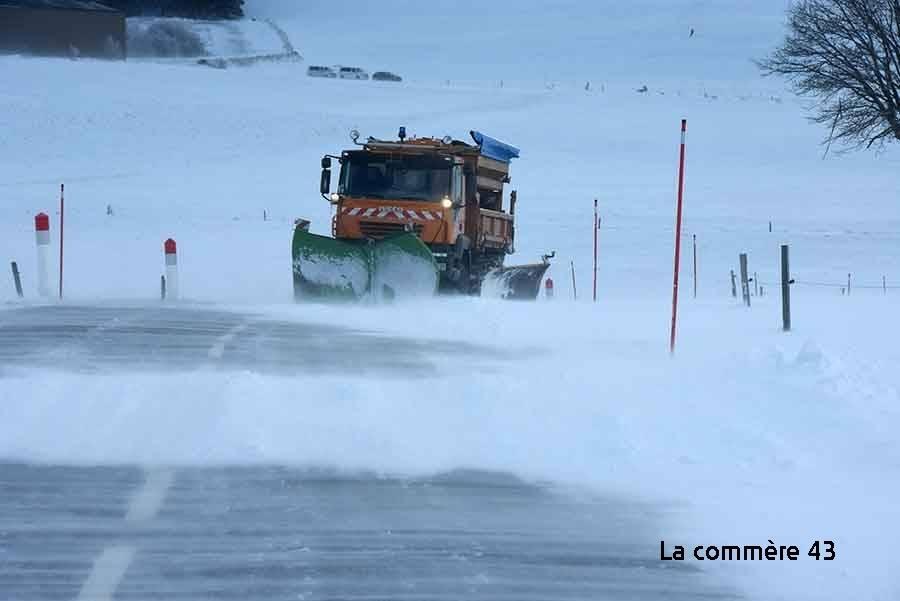 La vigilance jaune maintenue en Haute-Loire, les chutes de neige doivent s'intensifier