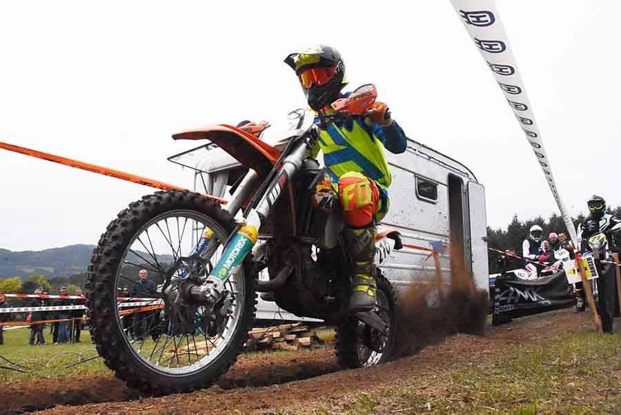 Bas-en-Basset : 360 motards plein gaz sur l'enduro