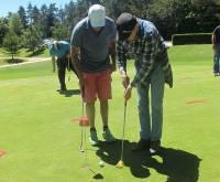 Chambon-sur-Lignon : 60 sportifs en situation de handicap s'initient au golf