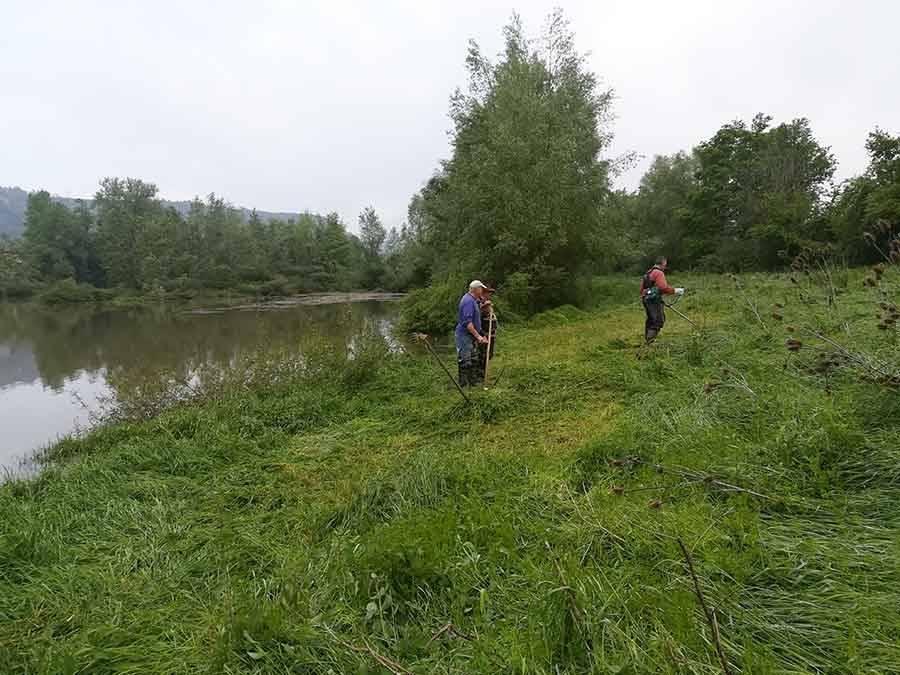 Orzilhac : l'étang du Lauzet préparé pour la Fête de la pêche du 26 mai